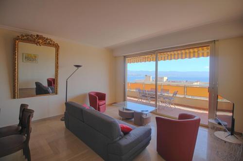 . Appartement spacieux centre ville Ajaccio
