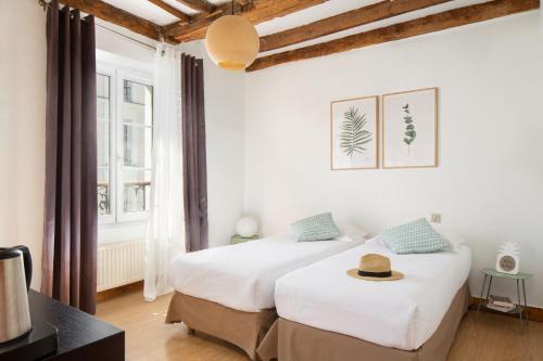 Hotel Le Village Montmartre by Hiphophostels