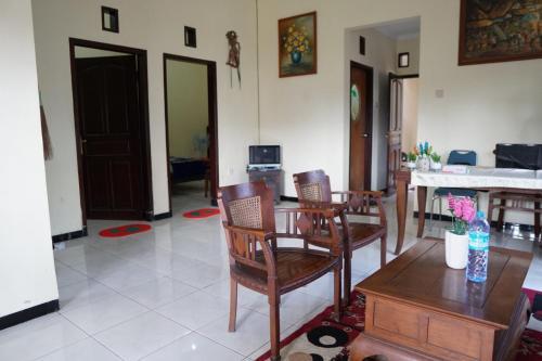 mutiara homestay malang, Malang