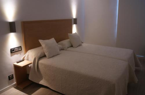 Double or Twin Room - single occupancy Hotel Rural Piedra Y Luz 7