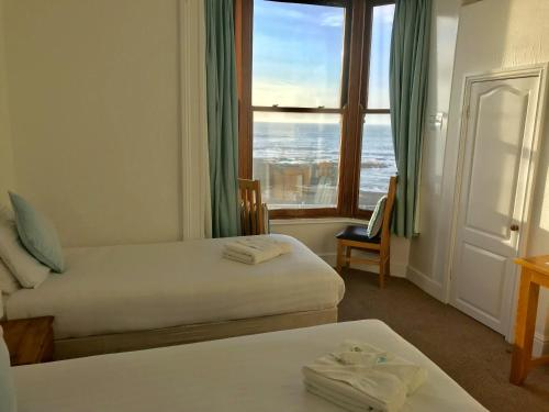 Cardigan Bay Guest House picture 1 of 30