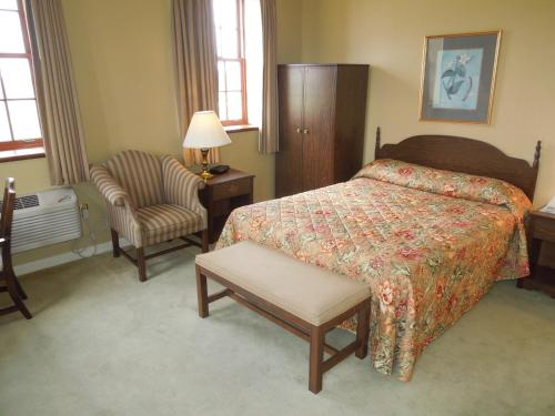 Bridges Guest Quarters - Abbottstown, PA 17301