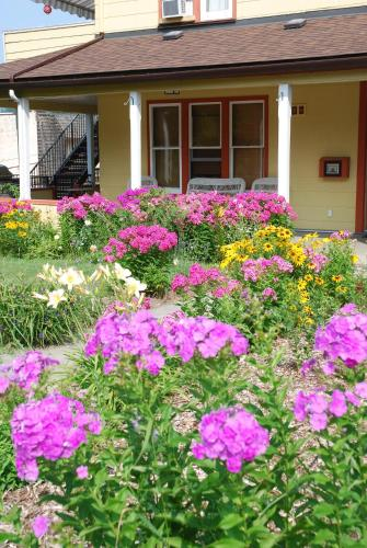 Victoria Falls Guest House