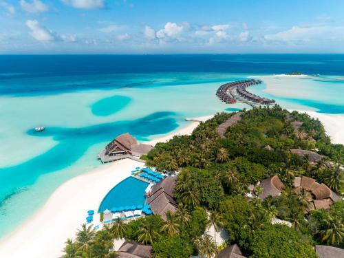. Anantara Dhigu Maldives Resort