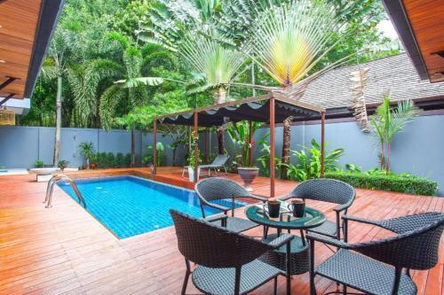 Villa Satori 3 bedrooms with pool Nai Harn Villa Satori 3 bedrooms with pool Nai Harn