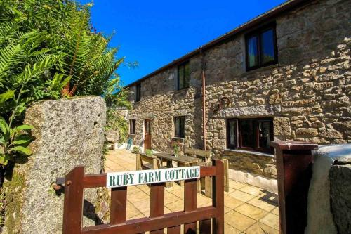 Ruby Farm Cottage, Helston, Cornwall