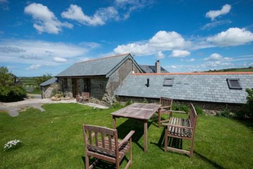 Treganoon Round Barn, St Blazey, Cornwall