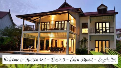 . Luxury Maison