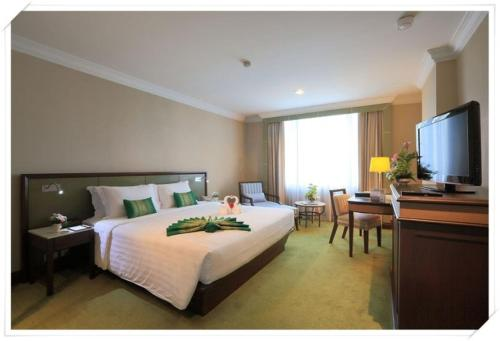 Golden Tulip Sovereign Hotel Bangkok photo 15