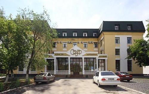 . Гостиница Север