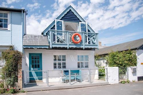 . Seahorse Cottage