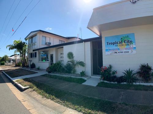 . Tropical City Motor Inn