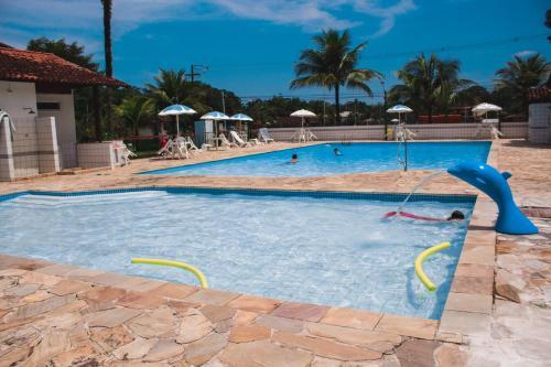 . Apt 2 qts em Condominio Praia Piscina Marina