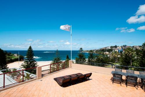 Coogee Sands Hotel & Apartments - image 10