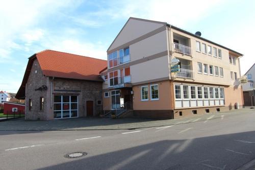 . Hotel Landgasthof Zur Alten Scheune