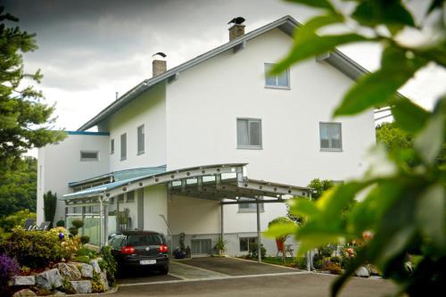 . Haus Steinfeld