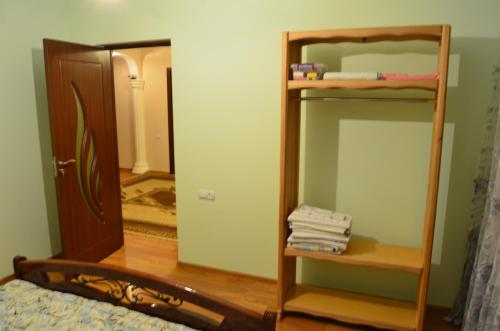 Dilijan Guesthouse - Photo 2 of 10