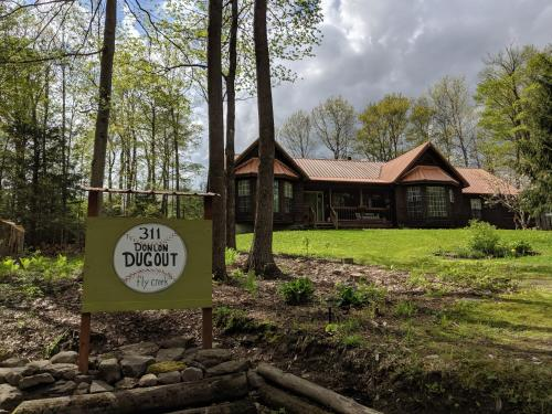 Donlon Dugout - Apartment - Fly Creek