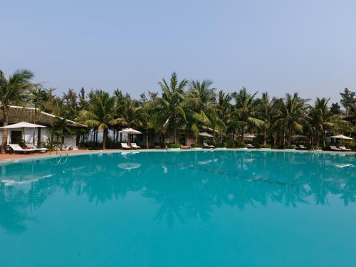 . Lang Co Beach Resort