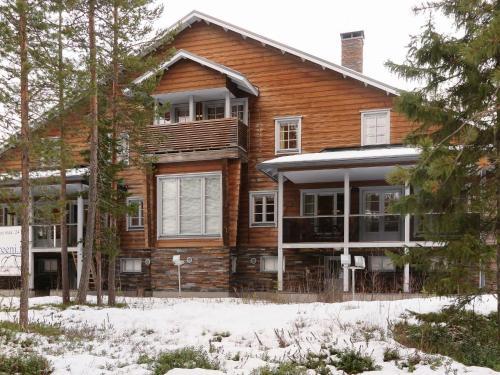 Holiday Home Hiihtogreeni b - Sirkka