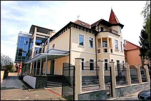 Hotel Villa Lenije - Vinkovci
