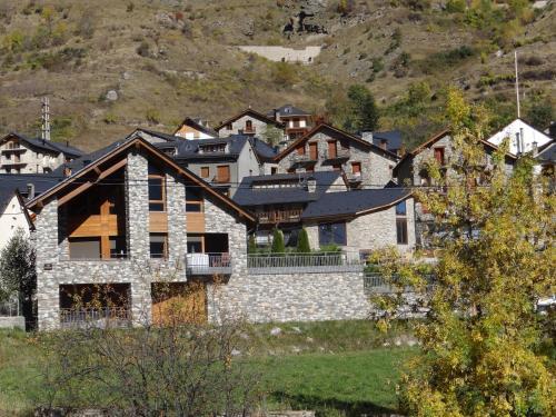 Alba D'Esteve. Casa Rural - Espot