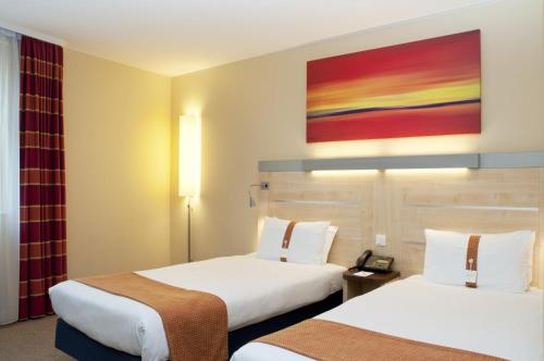 Holiday Inn Express BERLIN CITY CENTRE-WEST - Laterooms