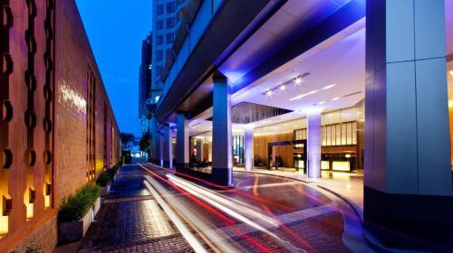 Anantara Sathorn Bangkok Hotel photo 8