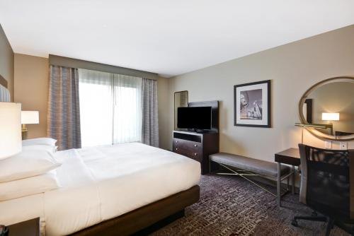 DoubleTree by Hilton Chicago Midway Airport IL - Chicago, IL IL 60638