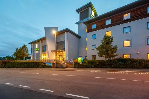 Holiday Inn Express Walsall M6, J10, Walsall