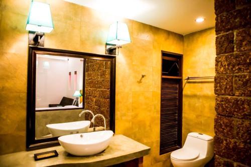 Foresto Sukhothai Guesthome salas fotos