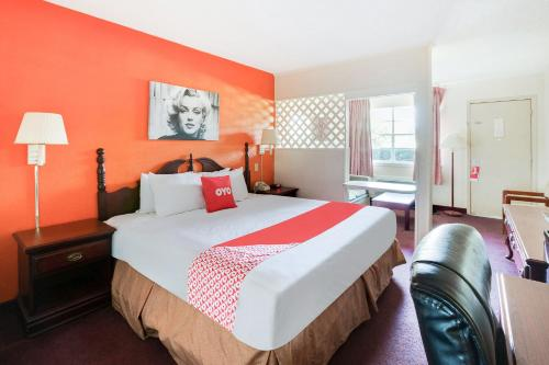 OYO Hotel Tyler Lindale - 5 mi from CHRISTUS Mother Frances Hospital - Tyler