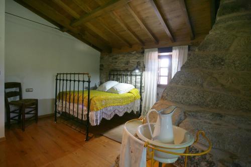 27207 Pidre, Lugo, Spain.