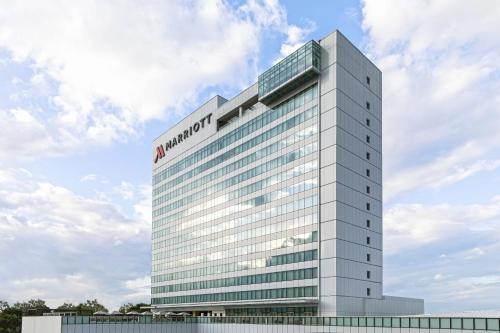 . Clark Marriott Hotel