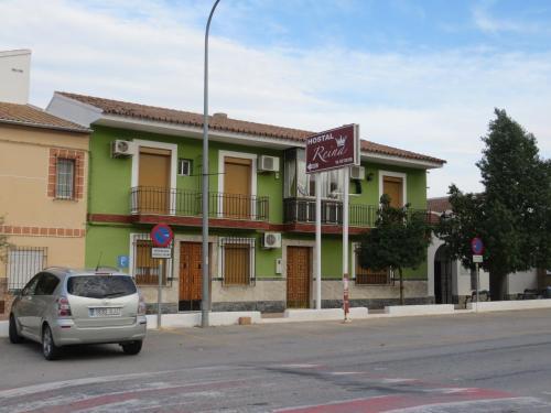 . Hostal Restaurante Reina