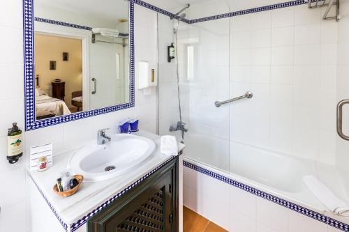 Doppel-/Zweibettzimmer mit Ausblick Hacienda el Santiscal 13