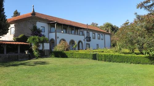 . Quinta De Guimaraes
