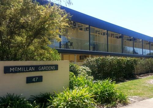 Canberra Short Term and Holiday Accommodation - Canberra