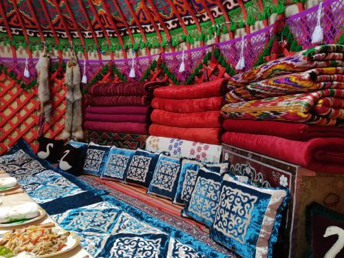 RAHAT Guest House in Toktogul, Toktogul