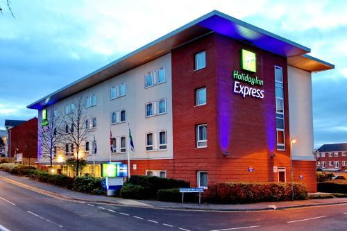 Holiday Inn Express Birmingham Redditch, an IHG Hotel