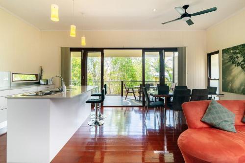 8 Bedroom Family Home @ City Fringe, East Brisbane