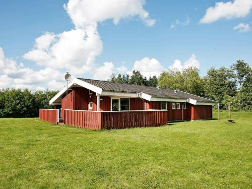 Four-Bedroom Holiday home in Jerup 4, Pension in Jerup
