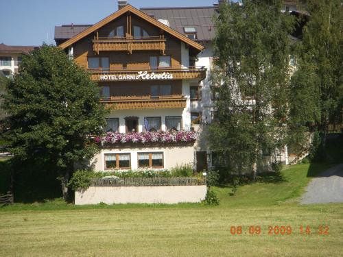 Фото отеля Hotel Garni Helvetia