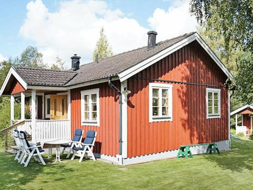 . Two-Bedroom Holiday home in Motala 2