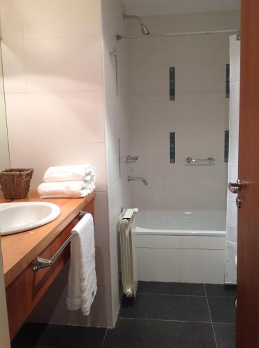 Фото отеля Maria del Bosque Apart Hotel / Cabanas