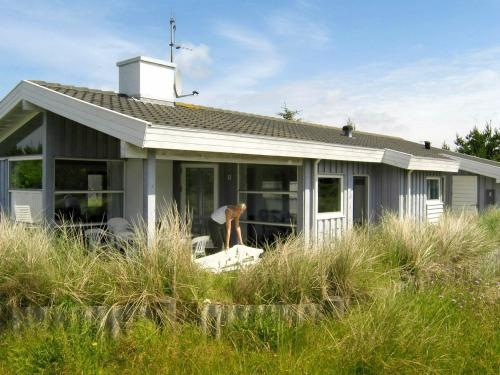 . Three-Bedroom Holiday home in Henne 11