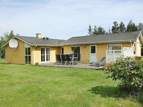 Four-Bedroom Holiday home in Jerup 9, Pension in Jerup