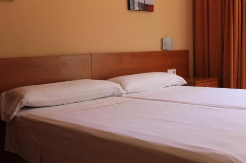 Hostal Cal Siles photo 9