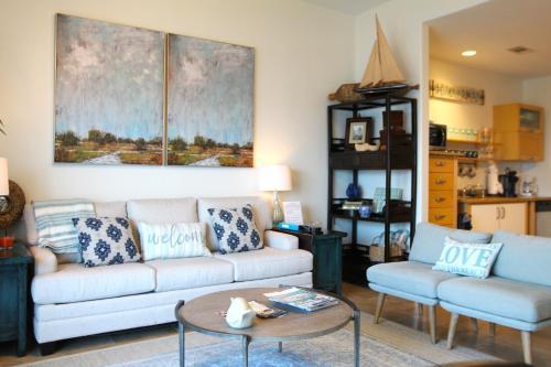 Luxury Oceanfront Condo - Apartment - Galveston