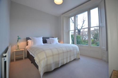 Notting Hill Sleeps 5